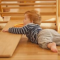 Pikler-BabyRaum 7-12 Monate)
