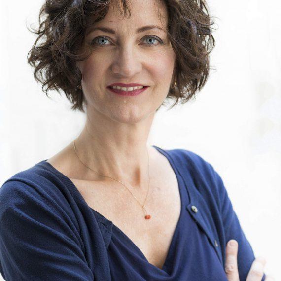 Angela Paulczinsky